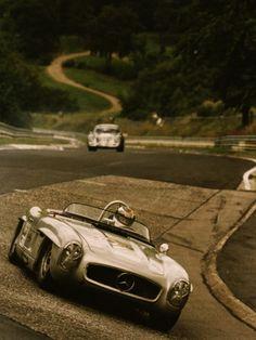 Mercedes en el Nürburgring clásico.