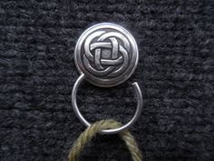 Celtic Knot Knitting Pin Portuguese Knitting Pin by BessTIME