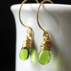 BACK to SCHOOL SALE Green Earrings. Wire Wrapped Earrings in Green and Silver. Wire Wrapped Earrings in Green and Silver. Elixir of Absinthe. Green Earrings, Dangle Earrings, Earrings Handmade, Handmade Jewelry, Artisan Jewelry, Diy Jewelry, Jewelry Accessories, Matching Necklaces, Wire Wrapped Earrings