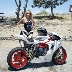 いいね!2,805件、コメント8件 ― @drive.motorcycleのInstagramアカウント: 「Follow us if you love Motorcycles! @drive.motorcycle // driveslate.com…」