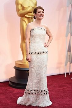 #RedCarpet La moda en los Oscars 2015: 10 looks en blanco y negro | Bloc de Moda: Noticias de moda, fashion y belleza Primavera Verano 2015 - #JulianneMoore