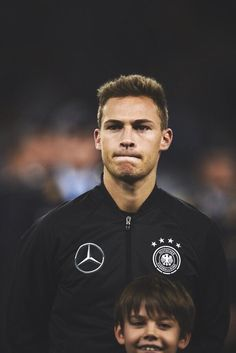 Joshua Kimmich, Dfb Team, German Boys, Soccer Boys, Football Wallpaper, Football Players, Blessing, My Eyes, Germany