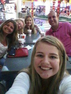 Con mi nieta e hijos!!!