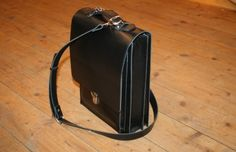 Umhängetasche Siegmund Leather Backpack, Backpacks, Bags, Fashion, Products, Leather, Black, Handbags, Moda