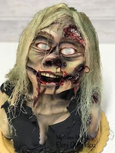 Halloween Zombie cake - cake by My Cakes- My Hobby Halloween Torte, Halloween Zombie, Halloween Themes, Halloween Face Makeup, Zombie Cakes, Raspberry Buttercream, Theme Cakes, Character Cakes, Gift Cake