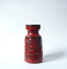 Vase de la baie rouge de Narvik par Bodo Mans WGP ouest-allemande poterie 953-20