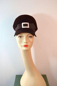 1960s Vintage Betmar Brownn Felt Mod Bubble Carnaby Street Hat