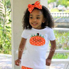 8/14/2012 White Polkadot Pumpkin T-Shirt