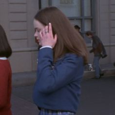 Gilmore Girls, Rory Gilmore, Done With Life, Alexis Bledel, Looking For A Job, Blair Waldorf, Girls World, Black Platform, Plaid Skirts