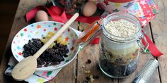 Stuck for ideas for unique and thrifty Christmas gifts?  Try Karen's great suggestion of giving a Christmas pudding in a jar. Alternatively follow the recipe section to make this light Christmas pudding yourself.
