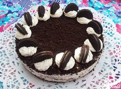 A torta kétféle képen készíthető: sütéssel vagy sütés nélküli lappal. Hozzávalók: 20 cm-es tortaformához   a sütés nélküli torta... Oreo Cake, Cake Cookies, Easy Desserts, Dessert Recipes, Apple 5, Hungarian Recipes, Hungarian Food, Cookies Ingredients, Toffee
