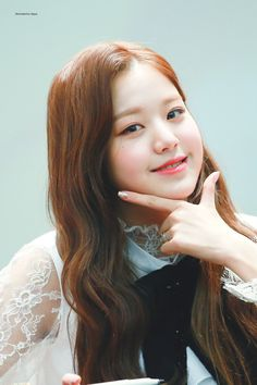 181111 Yeongdeungpo fan signing #izone #wonyoung Only Girl, First Girl, Kpop Girl Groups, Kpop Girls, Jang Wooyoung, Young The Giant, Japanese Girl Group, The Wiz, Face Claims