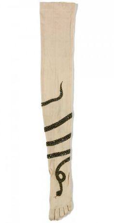 Twining Snake Stockings 1900