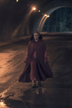 You are watching the movie The Handmaid's Tale on Putlocker HD. Adapted from the classic novel by Margaret Atwood, The Handmaid's Tale is the story of life in the dystopia of Gilead, a totalitarian society in what was Series Movies, Tv Series, The Handmaid's Tale Book, Dramas, A Handmaids Tale, Handmade Tale, Margaret Atwood, Life Is Strange, Girls Be Like