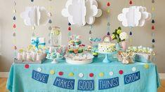 adorable baby shower theme ideas clouds rain drops table decoration #babyshowerdecoration #decoracionbabyshower