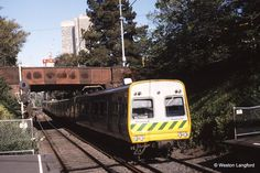 Jolimont Down Suburban Comeng 357 M leading Melbourne Australia, South Australia, Western Australia, Brisbane, Melbourne Attractions, Victorian History, Electric Train, The Old Days, Tasmania