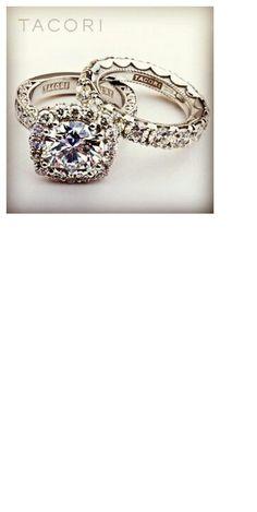 Beautiful wedding ring set.