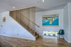 85 Good Mid Century Kitchen Decor Ideas - Page 40 of 87 Modern Stair Railing, Staircase Railings, Modern Stairs, Staircase Design, Staircases, Basement Staircase, Basement Guest Rooms, Basement Windows, Light Wall Art