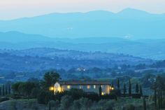 The Mom's Villa... 2 spaces left!! Register now! #retreat #mother #Italy #tuscany