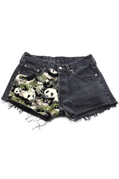And these amazing shorts to go along with the outfit. | 22 Adorable Things You Need If You Love Pandas