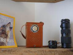 Radio portative RCA VICTOR 1960 | Amalgam Home Appliances, War, Nice, House Appliances, Kitchen Appliances, Appliances, Nice France