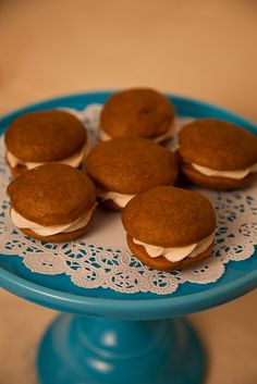 Pumpkin Whoopie Pies with Cinnamon Cream Cheese Filling