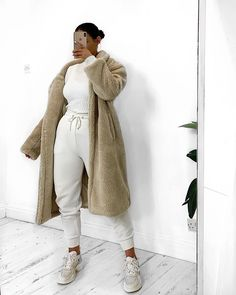 wears our Keri coat Shop it quick before it's gone for good! Fur Fashion, Winter Fashion, Fashion Outfits, Street Fashion, Hijab Fashionista, Joggers Outfit, Beige Coat, Ootd, Sporty Outfits