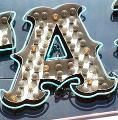 Marquee Letters, Marquee Lights, Bulb Lights, Sign Letters, Light Bulb, Typography Letters, Typography Design, Vintage Neon Signs, Vintage Type