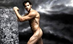 How am I supposed to concentrate on the Canucks game knowing THIS is under Kesler's gear?