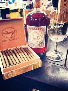 Spontanes Tasting am 25. Januar 13.00 - 15.00 Uhr bei uns im Laden! Davidoff Mini & Monkey47 Sloe Gin!