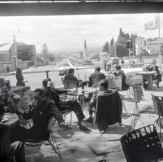 Bogotá, 72 con old times. Japan Spring, Study Abroad, Spring Time, Retro, Concert, Times, Men's Fashion, Vintage, Art