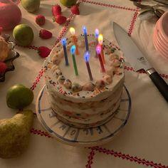Yesterday I had a birthday🥺❤️🥳 Pretty Cakes, Cute Cakes, Sweet Cakes, Cute Food, Yummy Food, Jai Faim, Think Food, Cute Desserts, Oui Oui