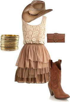 Country Dresses & Western Clothing return this summer and it's not hard to see why. Get ready for summer with our top 30 cowgirl outfits & cowgirl boots! Country Girl Outfits, Cute Cowgirl Outfits, Country Style Wedding Dresses, Country Girl Style, Country Fashion, Cute Outfits, My Style, Country Girls, Cute Country Dresses