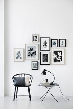 wall decor gallery art / decorar con fotos y cuadros Inspiration Wand, Layout Inspiration, Interior Inspiration, Interior Ideas, Interior Decorating, Interior Design, Simple Interior, Interior Paint, Interior Photo