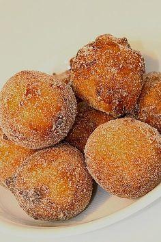 Quarkbällchen /-küchel, ein schmackhaftes Rezept aus der Kategorie Kuchen. Bewertungen: 208. Durchschnitt: Ø 4,4.