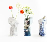Paper Vases, design by Pepe Heykoop. Paper folding vase with prints of Vermeer, Amsterdam Canal Houses or Delft Blue. € 19,00 / € 24,95 - #museum #souvenir #dutchdesign
