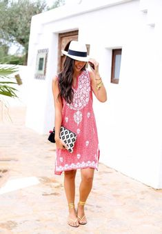 summer outfit with hat
