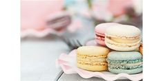 East Village: Making Delicious French Macarons with Atelier Sucre – Gluten Free Recipe in Manhattan, NY - Pastry Le Cordon Bleu, Desserts Français, French Desserts, French Bakery, French Pastries, Gluten Free Cakes, Gluten Free Recipes, Sin Gluten, Pizza Lover