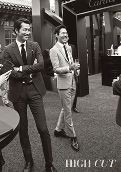 A-list actors and BFFs Jung Woo Sung and Lee Jung Jae are taking over 'High Cut' magazine's issue! The handsome duo will be featured in a spread, with photos of the pair at the 2015 'Cartier Fine Watchmaking Collection' event that took place on September Sung Lee, Jung Woo Sung, Jo In Sung, Lee Jung, Asian Actors, Korean Actors, Asian Men Hairstyle, Korean Star, Korean Guys