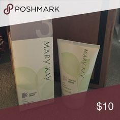 Mary Kay Botanical Effects 3: Mask Mary Kay skin care product that has never been used. I use to be a consultant and trying to get inventory out that I personally don't use Mary Kay Other