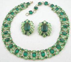 Schreiner Green Rhinestone Necklace - Garden Party Collection Vintage Jewelry  http://www.costumejewel.com