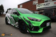 Custom Focus RS Design and Wrap Ford Focus Hatchback, Chevrolet Spark, Eco Friendly Cars, Focus Rs, Lifted Ford Trucks, Henry Ford, Car Ford, Ford Motor Company, Car Wrap