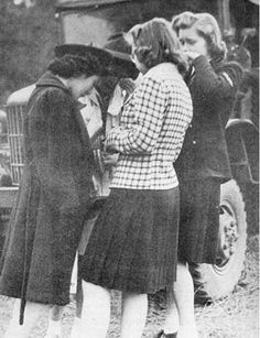 Bainbridge Island High School pupils cut classes to bid farewell to their Japanese American classmates, March 1942