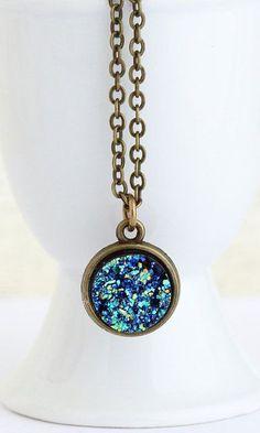 Peacock Blue Sparkle Circular Pendant Necklace