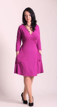 feb719c12c21 Zvonové zavinovací šaty fuchsiové   Zboží prodejce La déesse chic