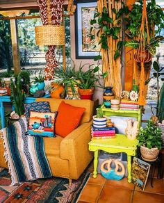 12 Amazing Style Of Hippie House With Cheerful Color Bohemian House Decor Amazing Cheerful Color Hippie House Style Bohemian House, Bohemian Interior, Bohemian Decor, Bohemian Living, Bohemian Style, Hippie Living Room, Gypsy Decor, Bohemian Pillows, Hippie Home Decor