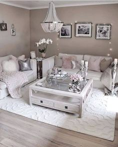 Living room decor cozy, glam living room, elegant living room, new living r Glam Living Room, Living Room Decor Cozy, Elegant Living Room, Elegant Home Decor, Rugs In Living Room, Living Room Designs, Room Rugs, Living Room Coffee Tables, Silver Living Room