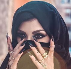 Muslim arabic eyes makeup nail tattoo Indian belly dance