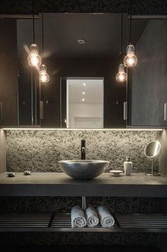 29 Easy Industrial Bathroom Decor Ideas That You Can Create For Your Urban Getaway Industrial Bathroom Design No. Modern Loft Apartment, Attic Apartment, Attic Rooms, Apartment Design, Attic Playroom, Attic Library, Attic Closet, Attic Office, Prague Apartment