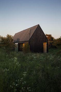 Gotland Summer House / Enflo Arkitekter + DEVE Architects